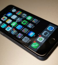 Permanent link to Apple iPhone 6 reviews